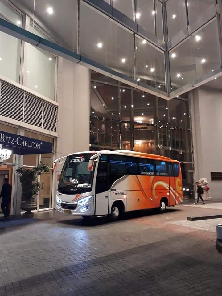 medium-bus-pariwisata.jpg