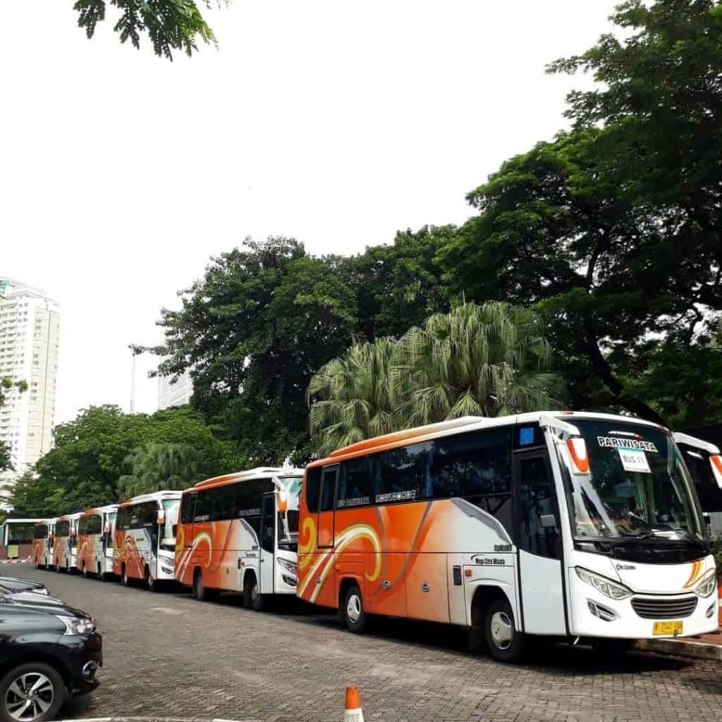 Convoi-Bus-Medium-1024x1024.jpeg
